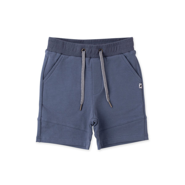 Minti Sliced shorts midnight in blue