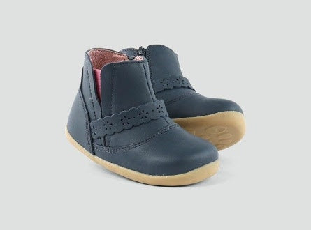step-up-navy-ride-boot-in-navy