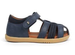 i-walk-roam-sandal-in-navy