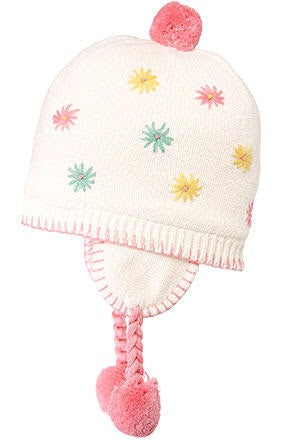 organic-earmuff-flower-cream-in-cream