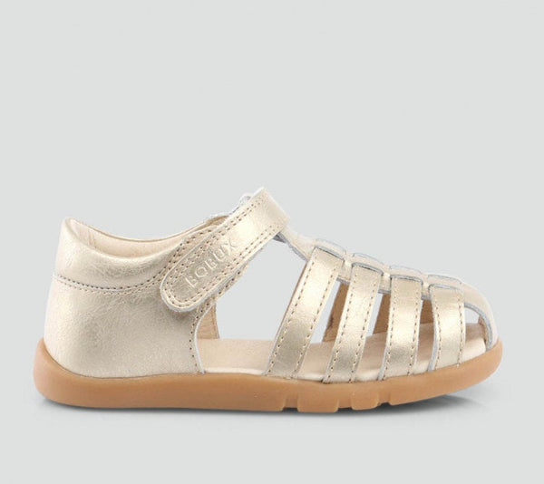 iwalk-skip-sandal-in-gold