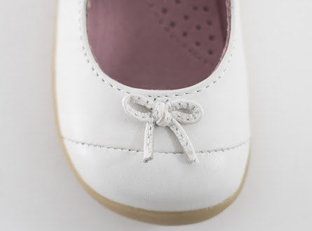 Bobux Step up Swing Ballet Shoe in white