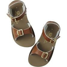 surfer-salt-water-sandals--in-tan