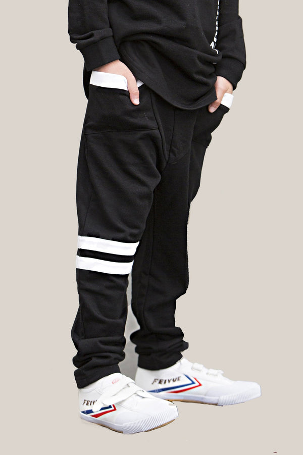 lil--breakers-black-with-white-stripe-in-black