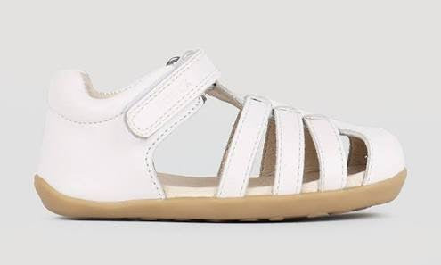 Bobux Step up Jump Sandal in white