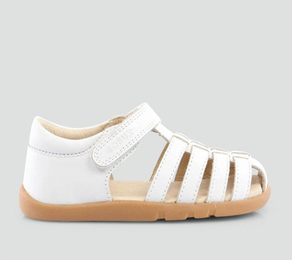 iwalk-skip-sandal-in-white
