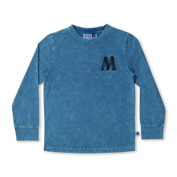 Minti blasted lux long sleeve sky wash t-shirt sky in blue cotton laying on a flat background