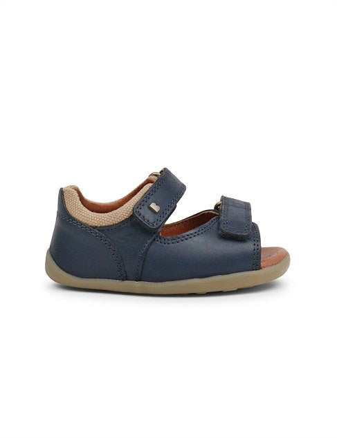 step-up-driftwood-sandal---navy---in-navy