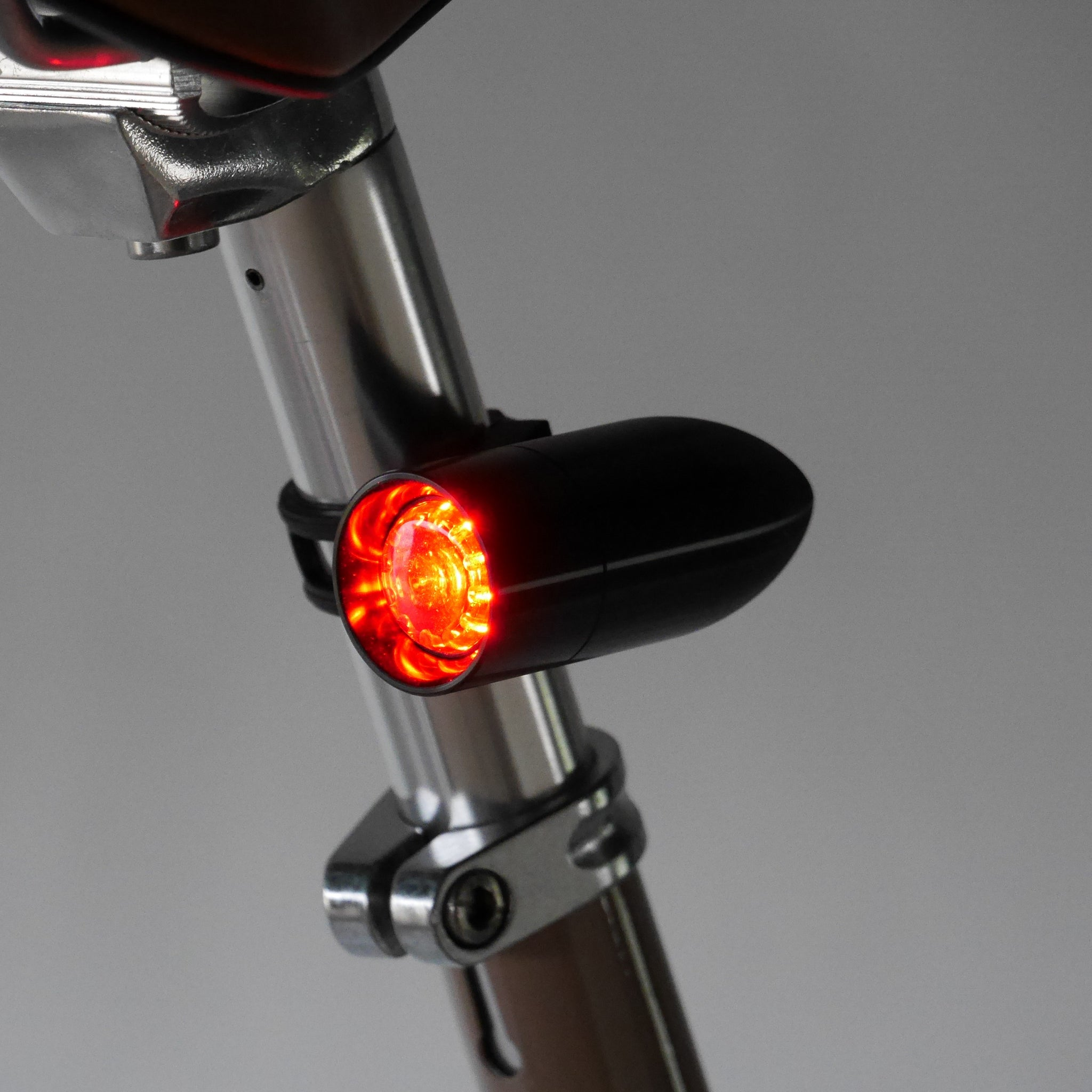 Mount Bent Set Silver NEW RINDOW BULLET LIGHTING Bicycle tail light Stay