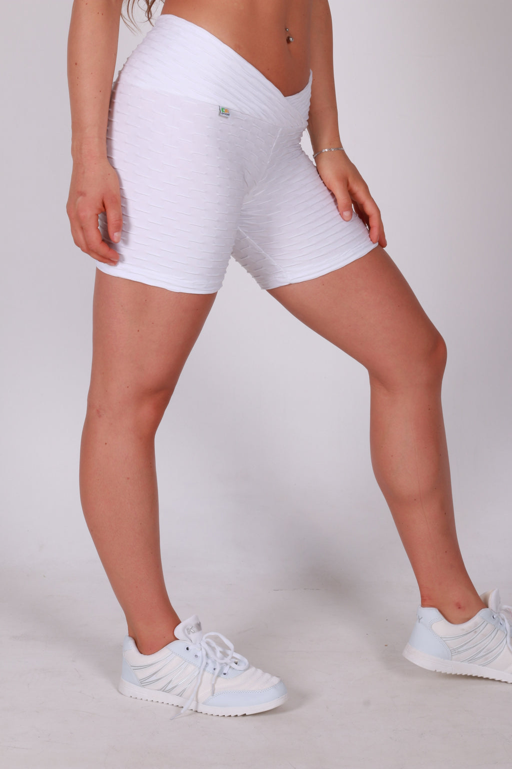 White short with a nice detail in the waistband