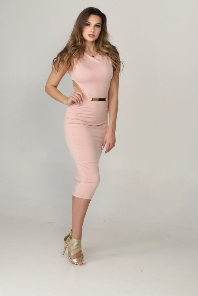 Pink dress with a Nice belt detail
