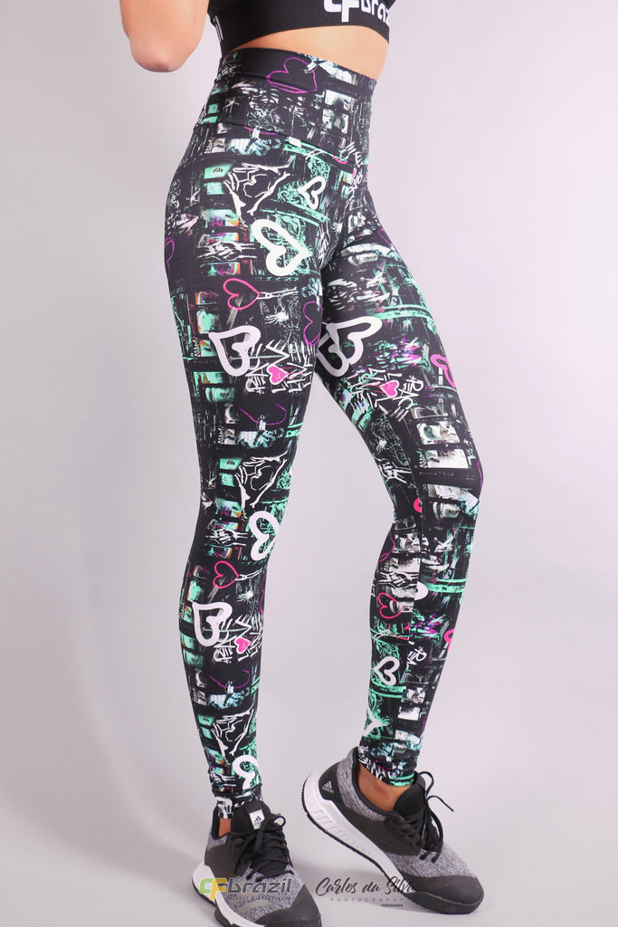 Versatile Leggings - Colored love print