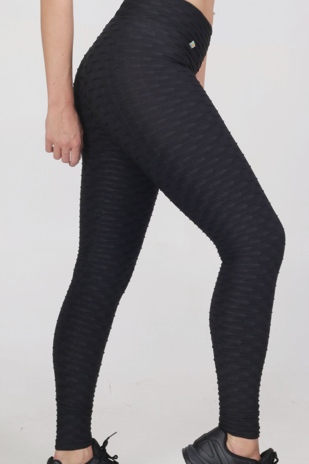Basic black brocado legging