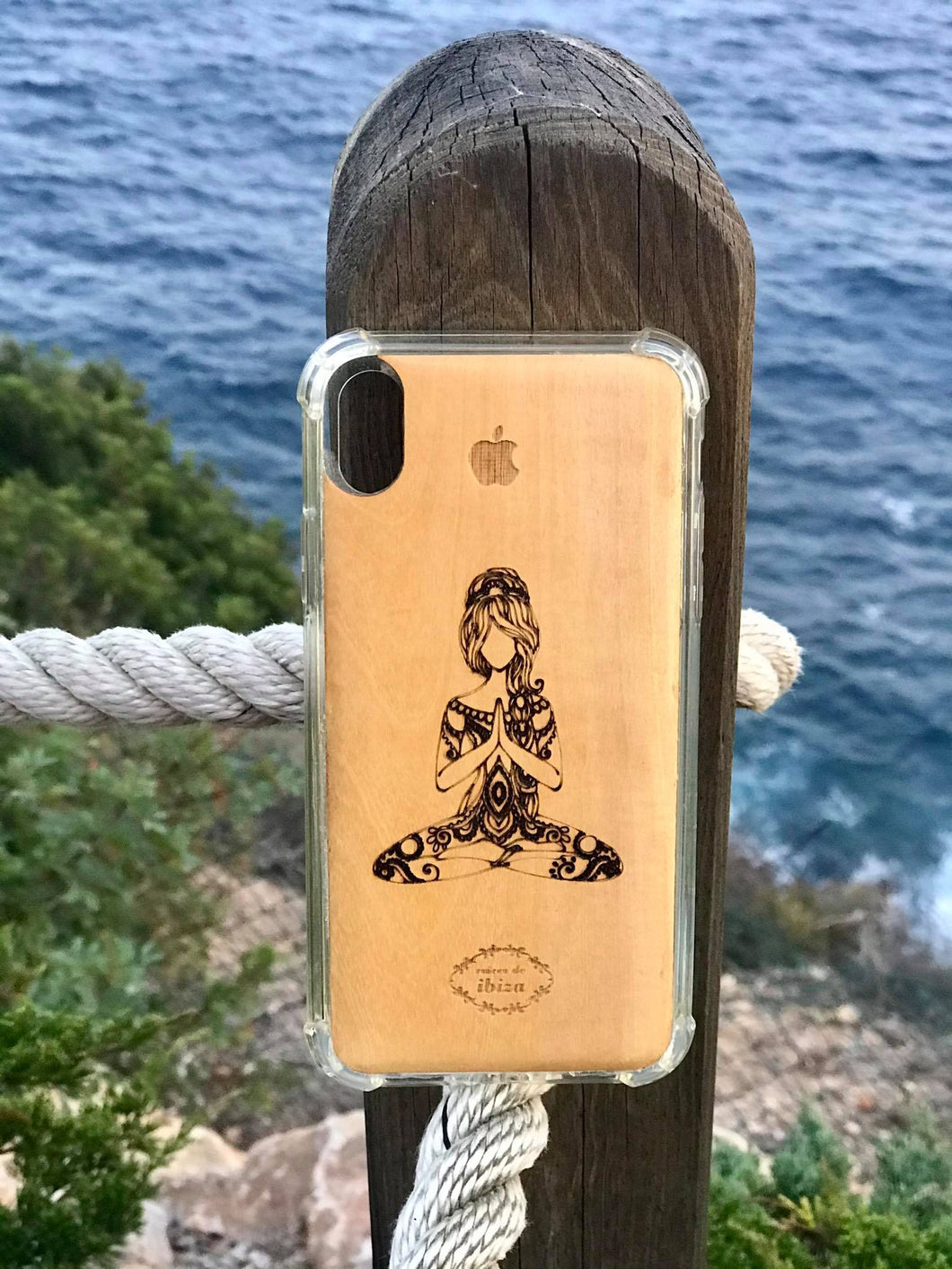 Handcrafted wooden iphone cases/fair trade/IBIZA