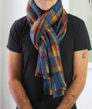 Load image into Gallery viewer, Thick scarves ideal for winter days. Fantastic quality/EXPRESS DELIVERY