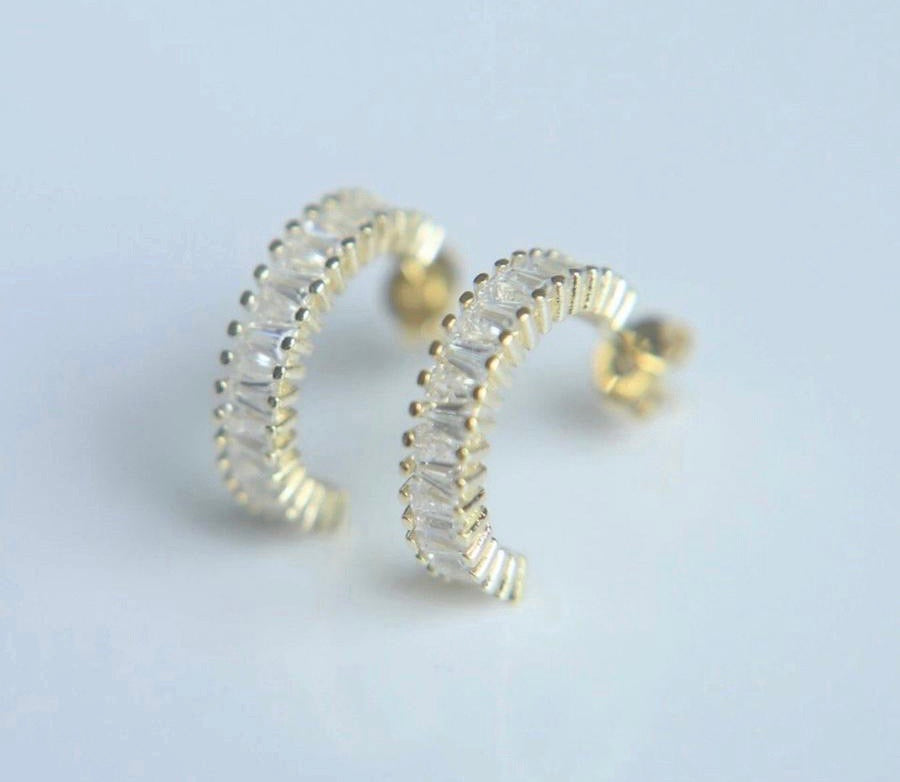 Pomina Twisted Teardrop Gold Post Earrings for Women