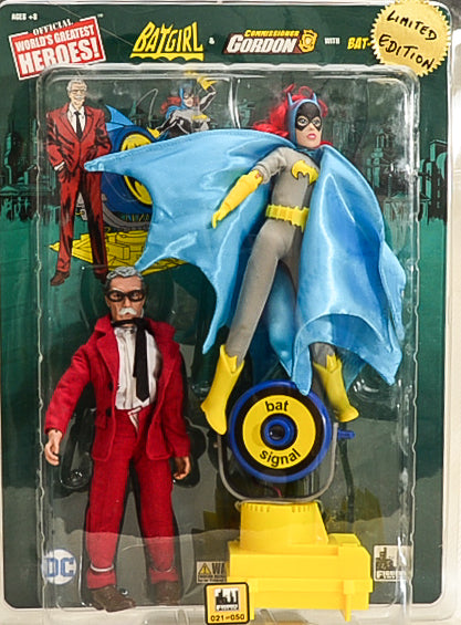 2017 DC Comics Retro 8 Inch Action Figures: Batgirl & Commissioner Gordon Two-Pack with The Bat-Signal Limited Edition # 021 of 50