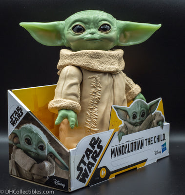 2020 Hasbro Star Wars The Mandalorian The Child Baby Yoda 6.5 Inch Figure