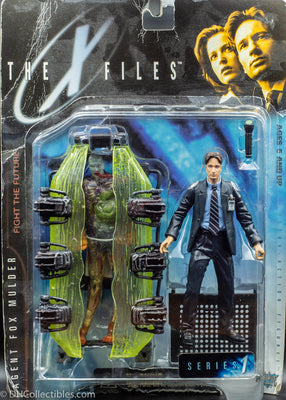 1998 The X Files Series 1 Agent Mulder with Cryopod Chamber and Human Host - Action Figure