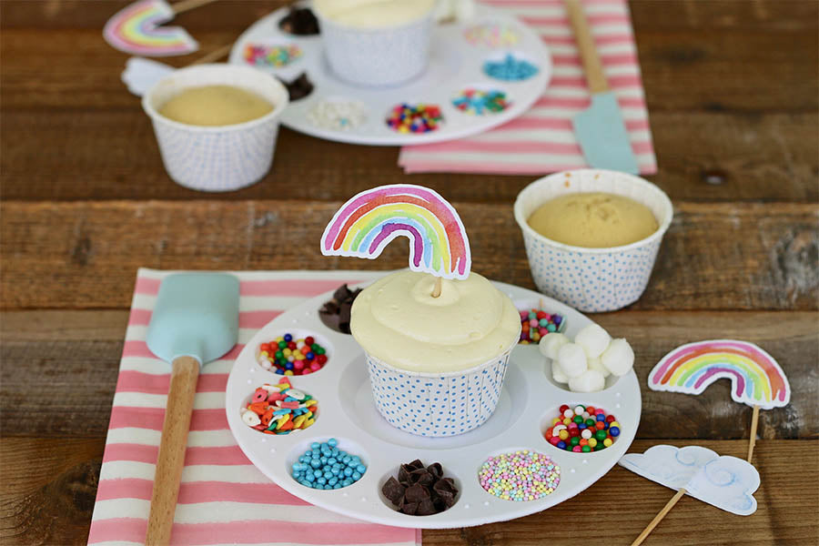 Cupcake Decorating Party by Anita Marcela