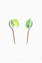 Load image into Gallery viewer, Green leaves cupcake topper that matches great jungle party theme