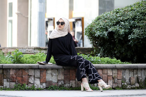 Black Modest Tunic And Patterned Trouser Set - Buy Abaya Online
