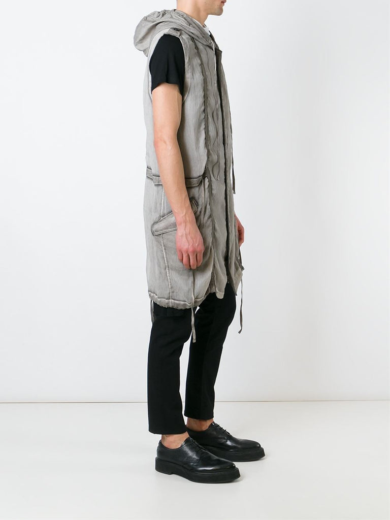 UNCONDITIONAL Desert sand cold dye sleeveless hooded parka.
