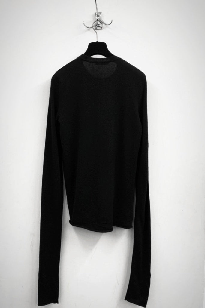 UNCONDITIONAL BLACK GRADE A CASHMERE EXTRA LONG SLEEVED JUMPER