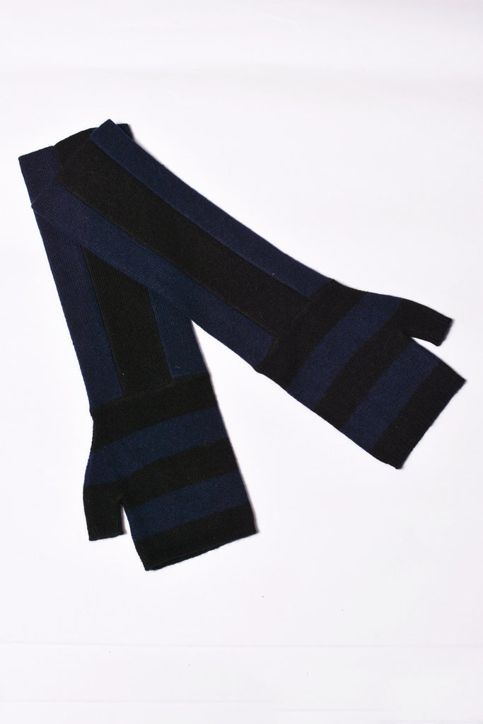 UNCONDITIONAL Black and navy striped long fingerless cashmere gloves Code : CASHGLOVE15
