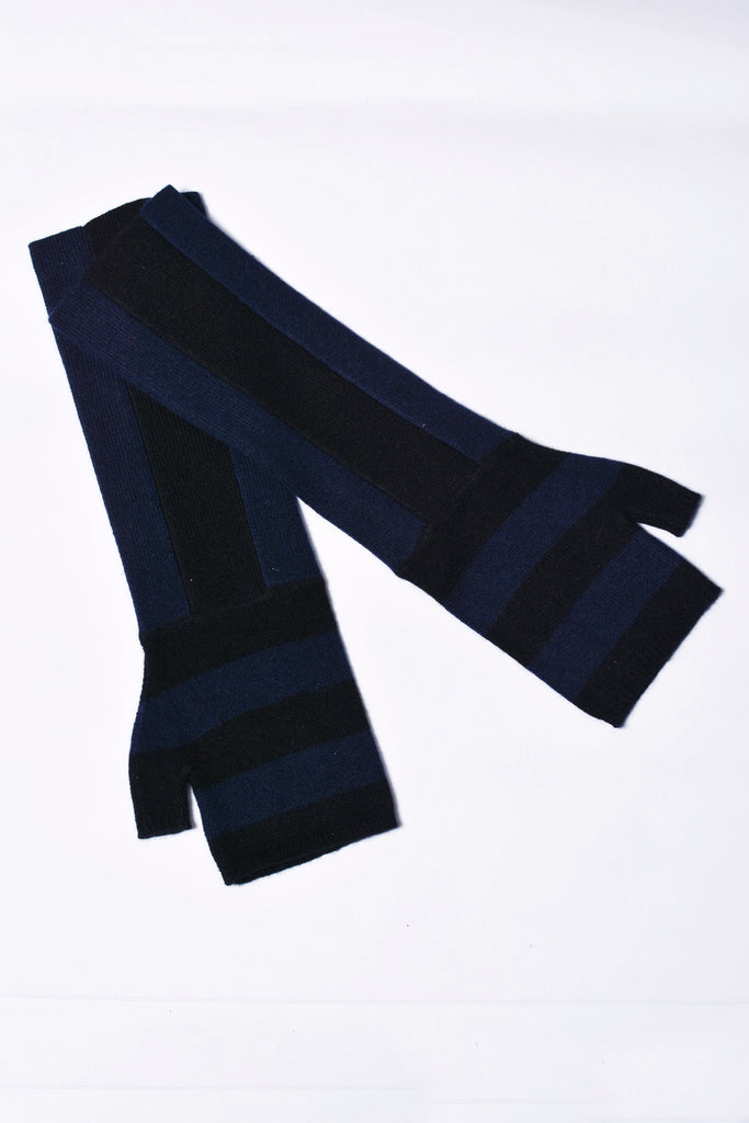 UNCONDITIONAL CASHMERE BLACK AND MIDNIGHT STRIPED LONG FINGERLESS GLOVE.