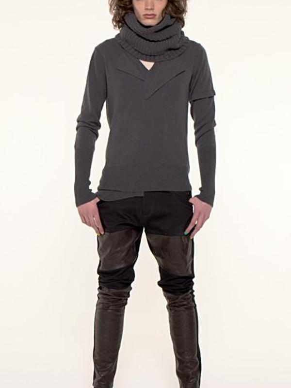 UNCONDITIONAL Black v-neck jumper with front fin and rib details.