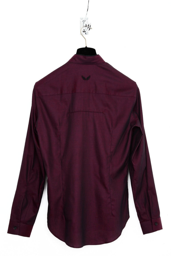 UNCONDITIONAL Dark burgundy pique shirt with black piped placket