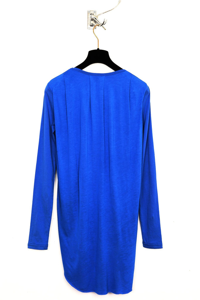 UNCONDITIONAL electric blue long-sleeved double tail T with pleated back + hand pieces