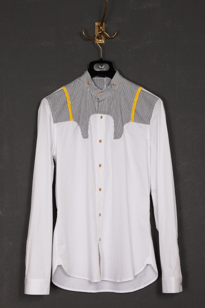 UNCONDITIONAL 'historic bib' collarless shirt with French gilt buttons