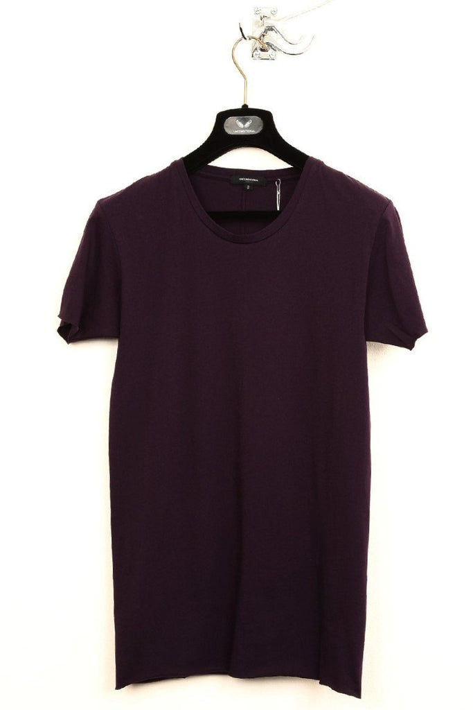 UNCONDITIONAL aubergine slim fit tee with centre back seam.