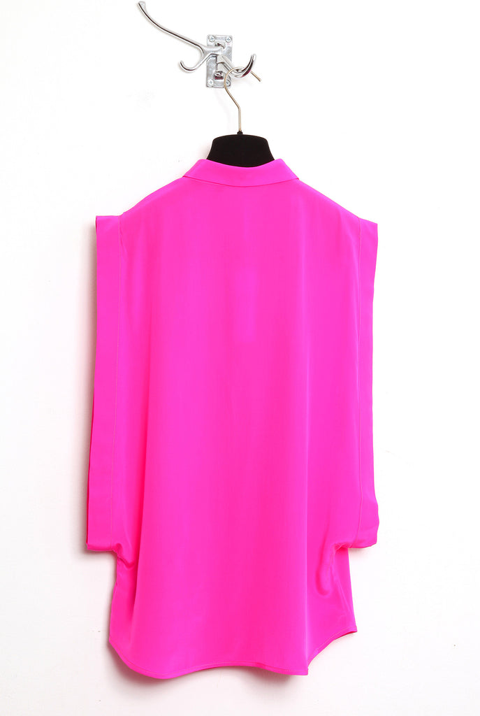 UNCONDITIONAL hot pink silk crepe open sided blouse with baby collar.
