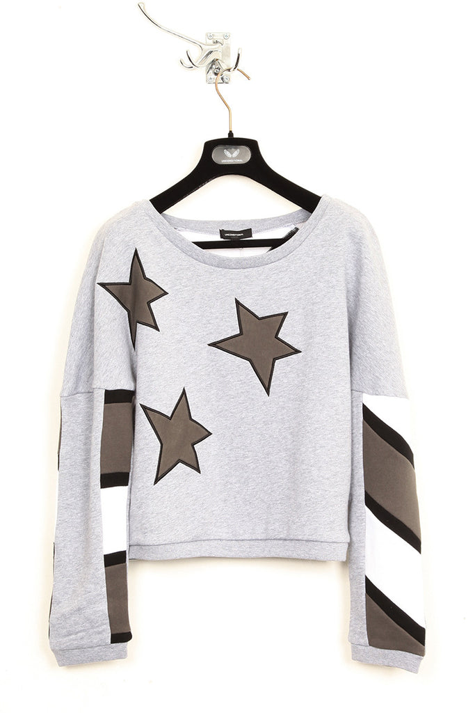 UNCONDITIONAL monotone Americana 3/4 sleeved sweatshirt.