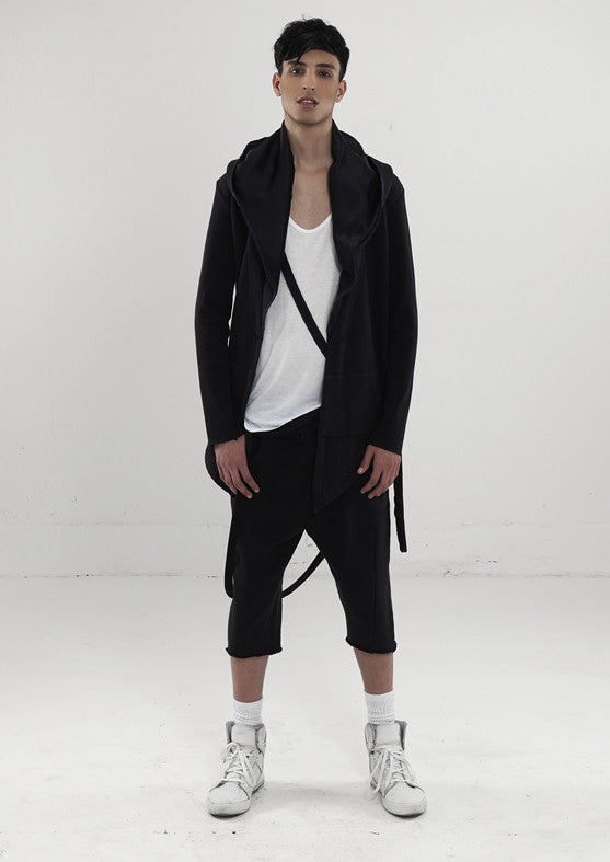 UNCONDITIONAL Black 3/4 sweat shirting shorts with rib waistband