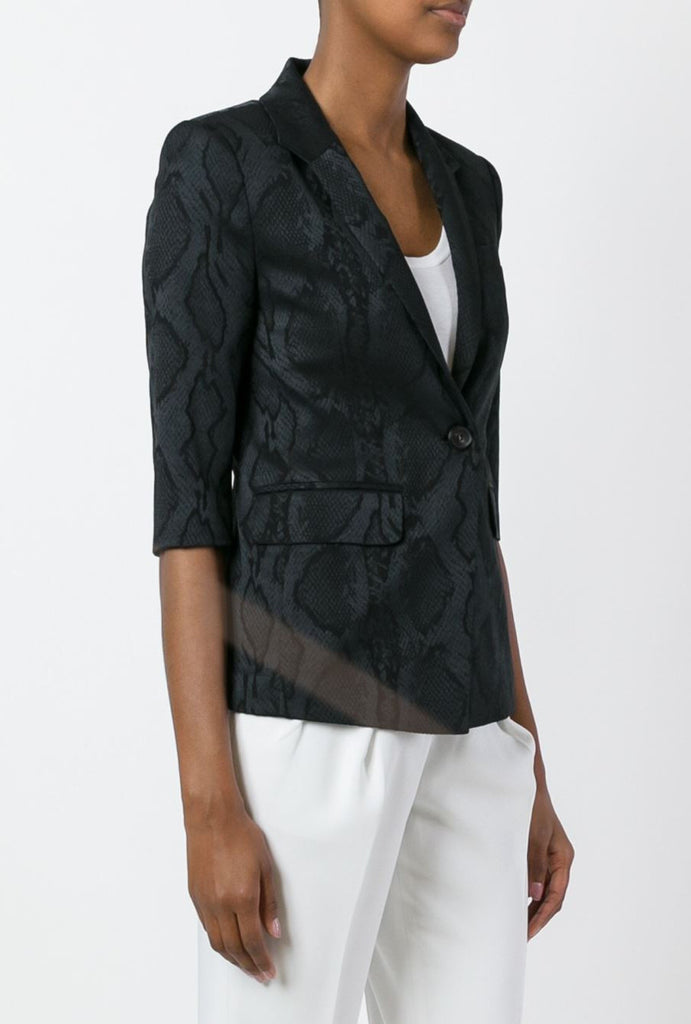 UNCONDITIONAL Black woven snakeskin 3/4 sleeved snake 1 button jacket