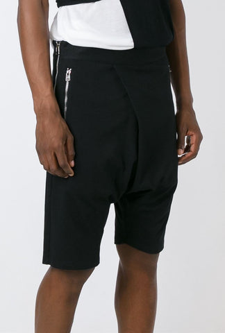 UNCONDITIONAL AW19 Military Cold Dye 3/4 sweat shorts with elasticated waistband