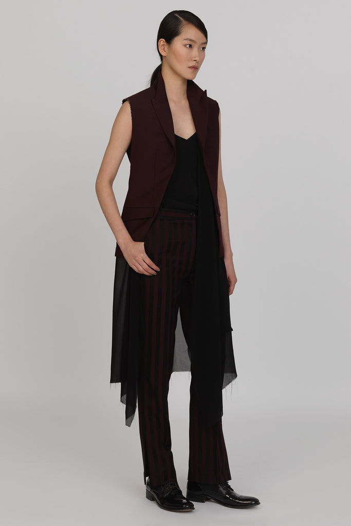 UNCONDITIONAL Burgundy sleeveless jacket with a inner chiffon dress