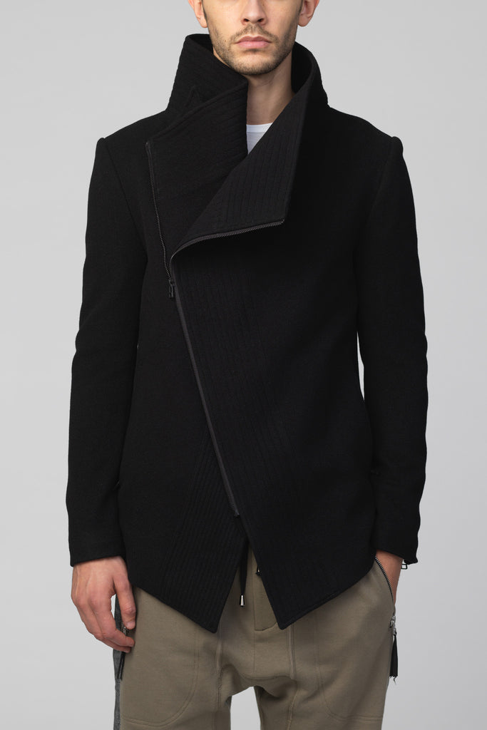 UNCONDITIONAL  BLACK WOOL ORIGAMI FOLD SCULPTURAL COLLAR SHORT COAT