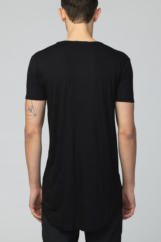 UNCONDITIONAL SS18 BLACK CREW-NECK GOLD ZIP TAIL T-SHIRT.