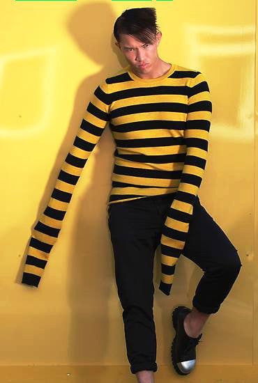UNCONDITIONAL Black / Yellow striped cashmere extra long sleeved sweater CASHM3E-2016