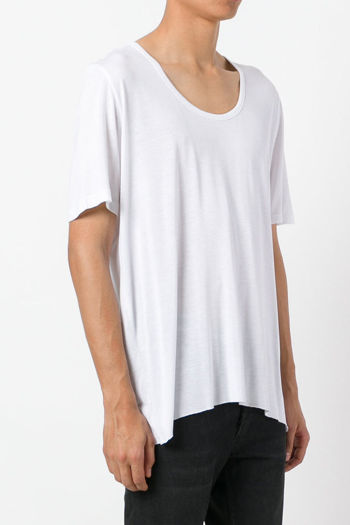 UNCONDITIONAL White loose knit rayon scoop neck T-shirt.