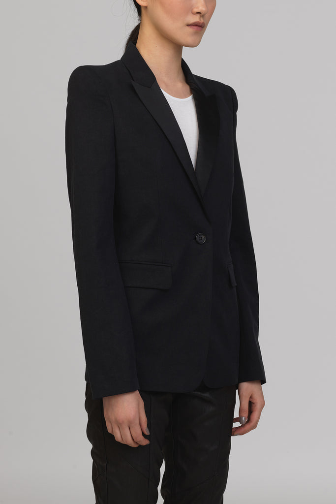 UNCONDITIONAL SS19 Black Pagoda shouldered jacket