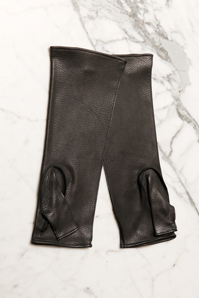 UNCONDITIONAL AW19 signature mens handpiece fingerless leather glove.