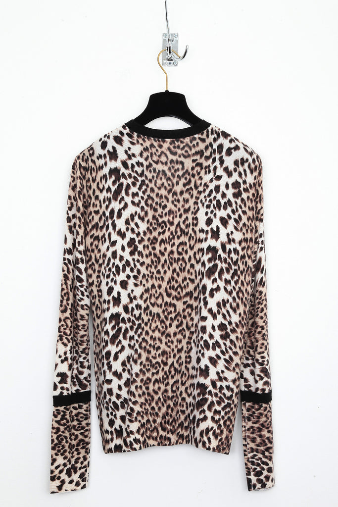 UNCONDITIONAL Cashmere Ocelot print V neck jumper with black ribs.