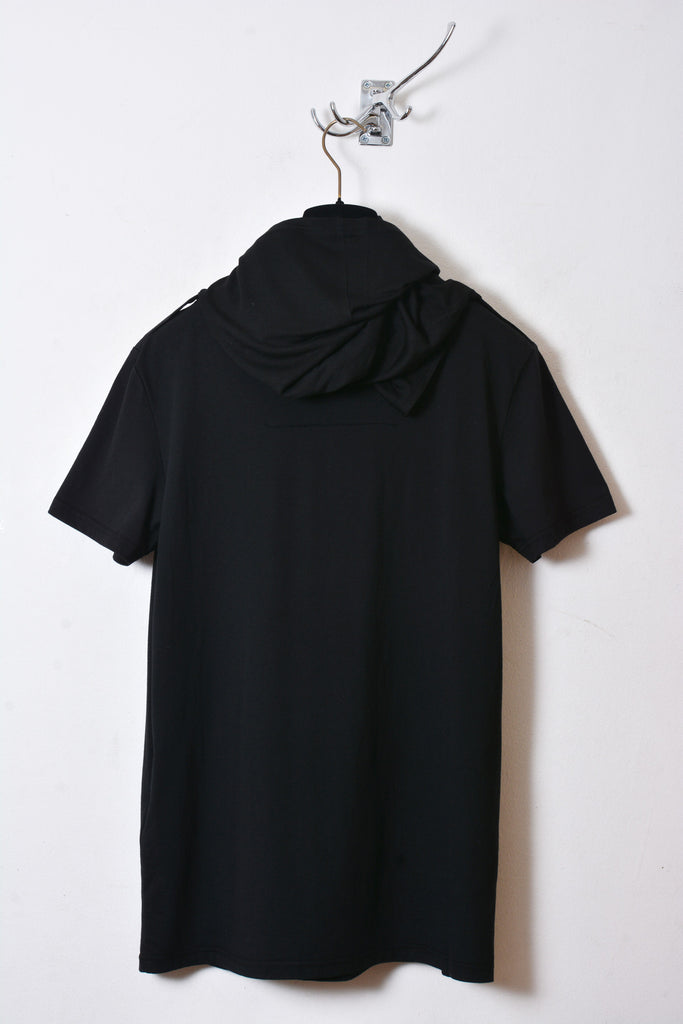 UNCONDITIONAL AW17 black short sleeved 2-way drape funnel neck tee.