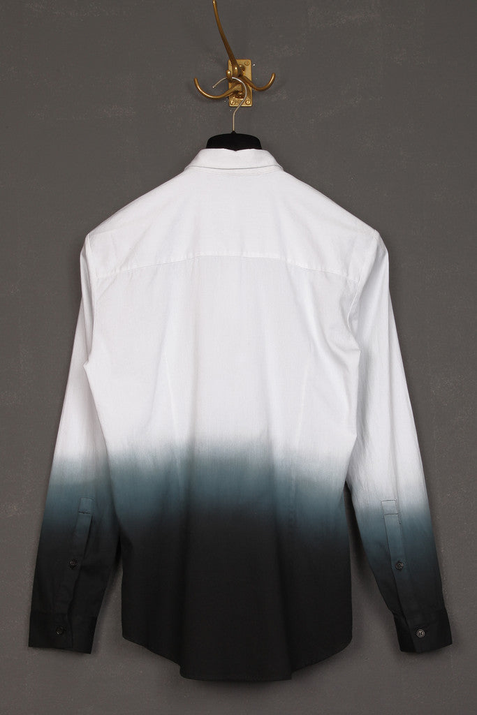 UNCONDITIONAL SS18 white dip dyed basic shirt.